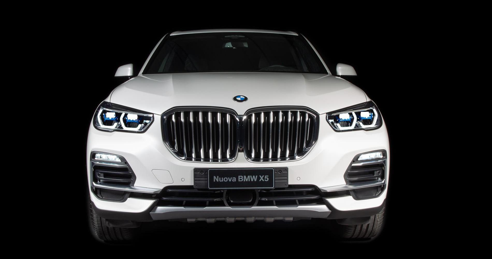 BMW X5 Timeless Edition anteriore