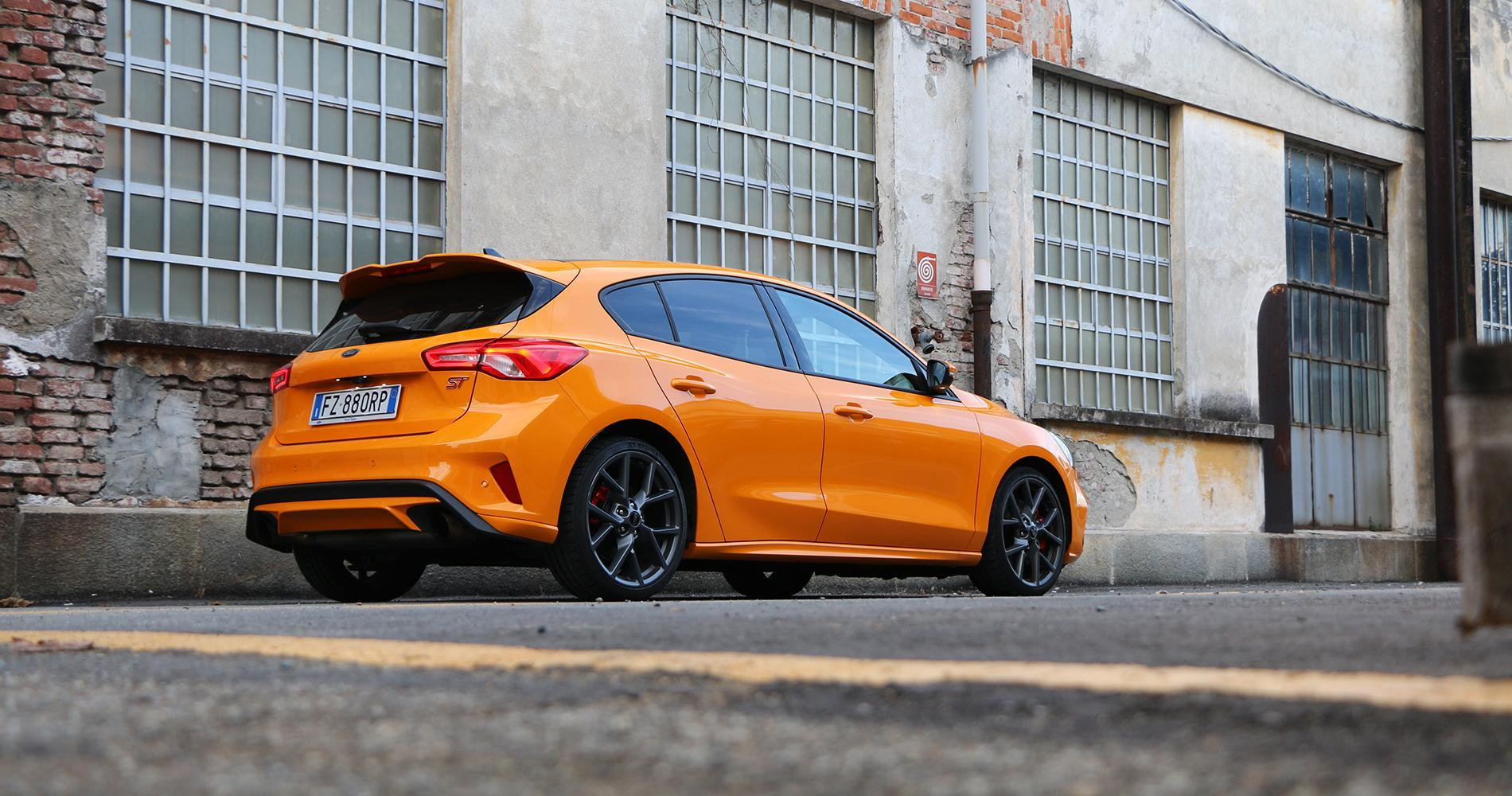 Ford Focus ST posteriore