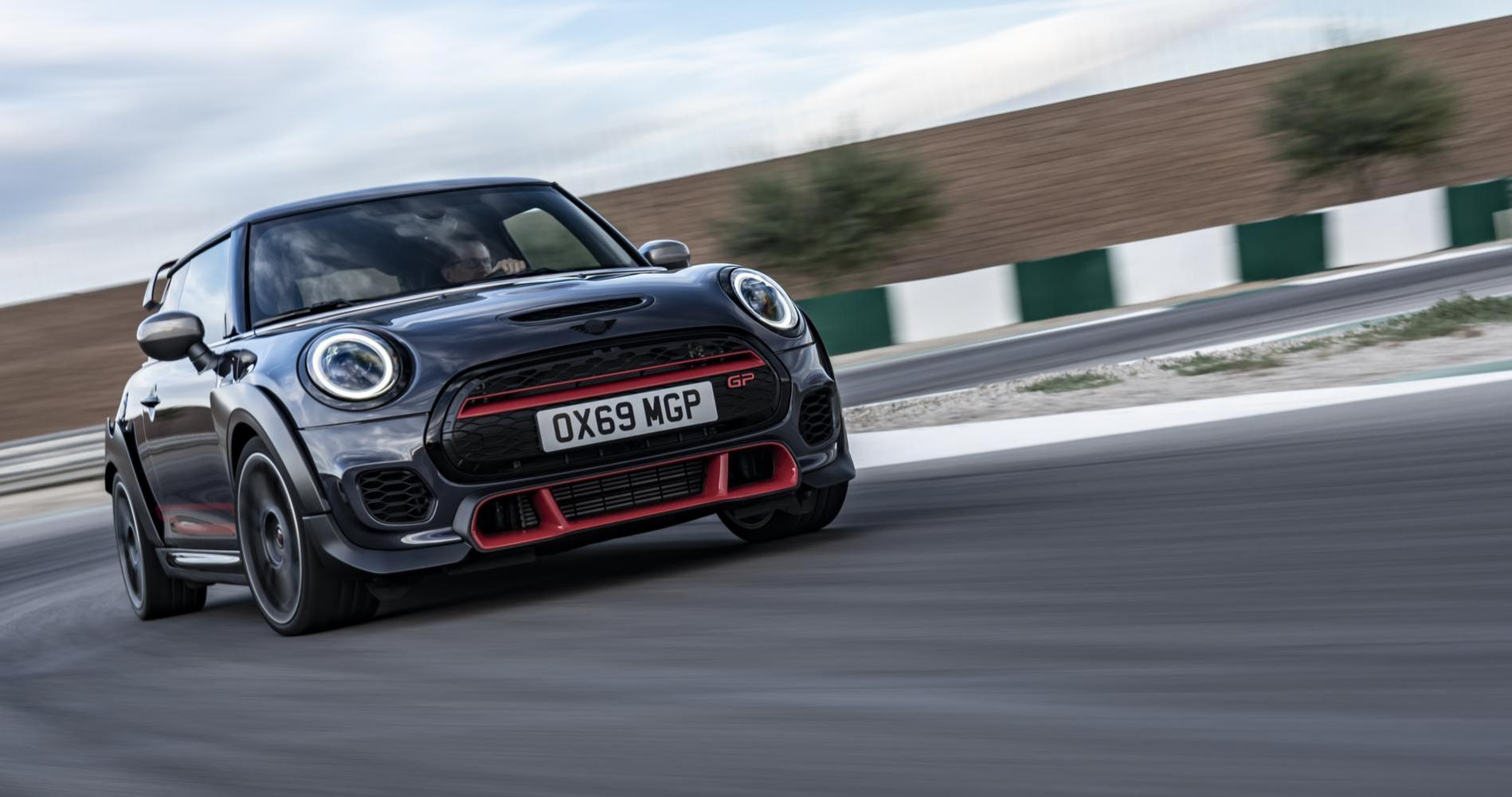 Mini Cooper John Cooper Works GP 4